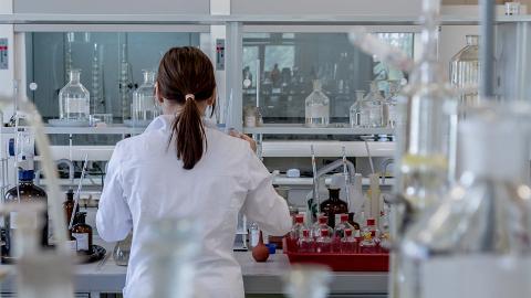 日本企業推新技術!僅憑一滴尿可驗出15種癌症 準確度高達85%