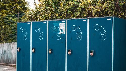 沖廁唔蓋廁板細菌可以彈到6呎高!減低病毒感染宜蓋廁板沖廁自備紙巾