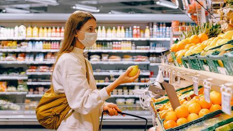 【新冠肺炎】研究:確診者無法分辨2種味道 5大食物助測味覺程度分清染疫定感冒