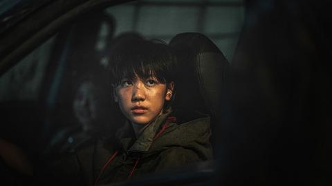 【屍殺半島】「少女車神」李蕊演過《素媛》 私下是甜美少女親母靚過李貞賢