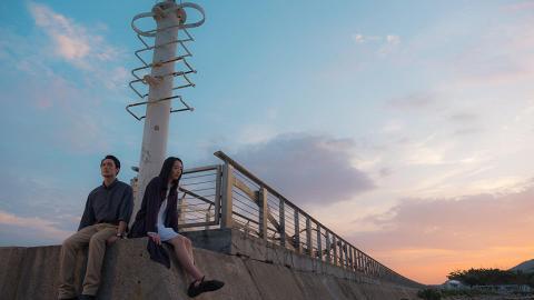 《幻愛》票房破千萬導演公開刪剪片段!夕陽做背景男女主角屯門碼頭燈塔下談情
