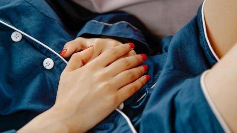 7種月經顏色分析女生身體狀況!經血深紅色、淺紅色響起不同健康警號