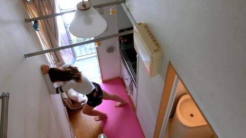 澳洲女5000蚊租86呎日本納米單位 夠位做瑜伽!有露台靚過香港劏房