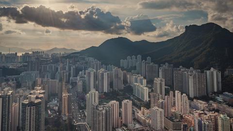 天文台指天鵝已升級變超強颱風 料未來一兩日漸增強 下周闖入香港800公里範圍