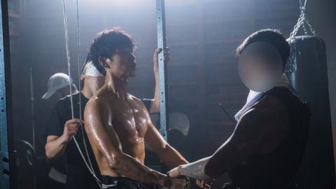 【驅魔麵館】韓劇5大演員吸睛好身材 51歲劉俊相體脂3%!趙炳圭勁減10kg、金世正結實手臂超搶眼