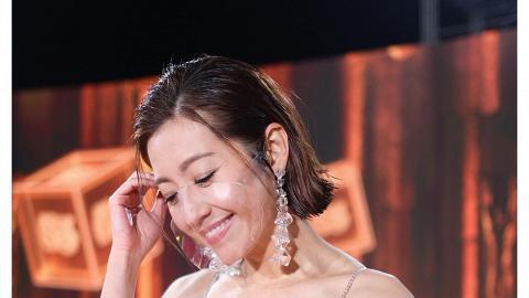 39歲陳自瑤無懼顯露歲月痕跡 零濾鏡現皺紋獲網民欣賞大讚:自信的女人最美麗