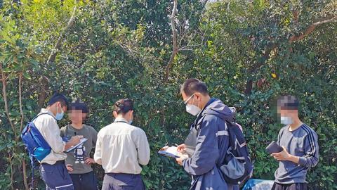 漁護署情人節巡查郊野公園發現違例露營 向違反限聚令人士發出定額罰款通知書