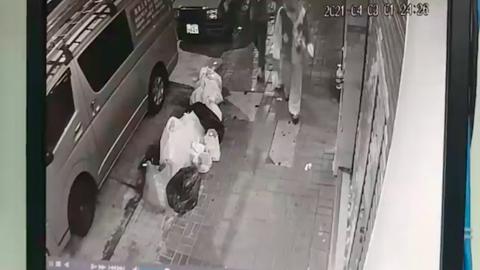 深水埗凌晨有人扮小丑嚇落單女性兼拍片 夜歸居民嚇親失足受傷有財物損毀