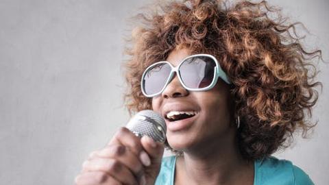 【手機App】5大免費手機線上唱K App推介 廣東歌、K-POP伴奏齊全/MV錄製/估歌詞