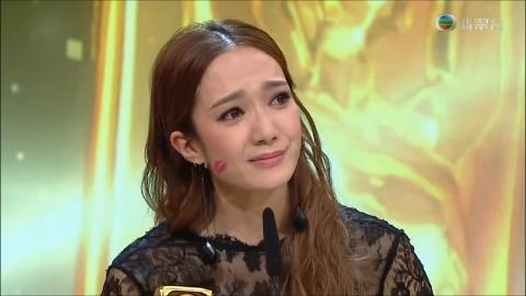 傳35歲王君馨決定離巢不甘淪為配角陪襯24歲劉穎鏇 港姐亞軍入行14年拍劇被投閒置散轉攻樂壇