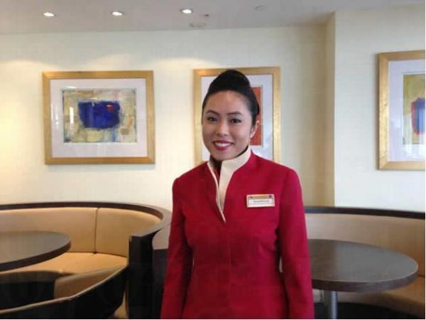 國泰機艙服務員導師Jacqueline指,應徵者要注意儀態,保持淡定