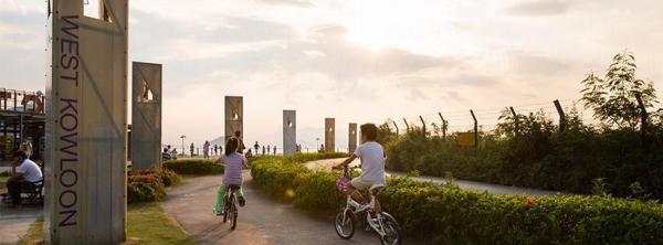 以後可邊踩單車,邊享受維港景色。