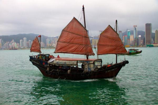 16. 租一艘帆船過一個短暫的周末 (圖片來源: globalpost)