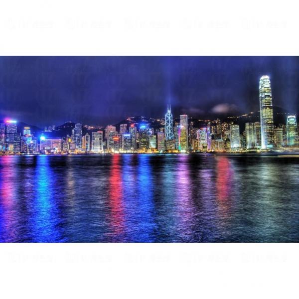 19. 維港下的城市輪廓 (圖片來源: globalpost)