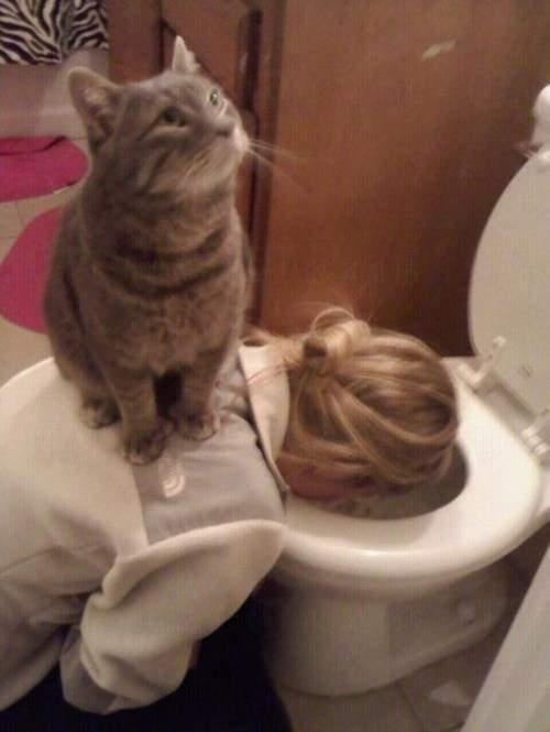 宿醉已經夠辛苦,你仲踩多腳…