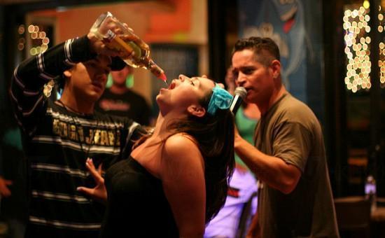 30歲時:一定要有酒的地方