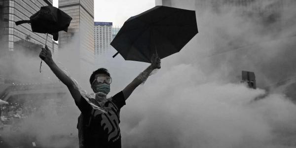 雜誌讚揚香港人在「雨傘運動」上的創意和公民質素