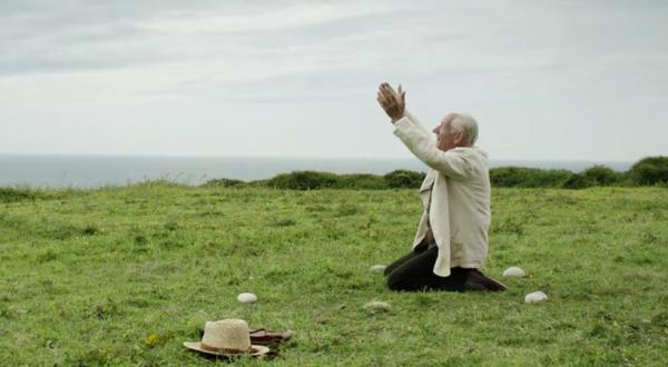 《福爾摩斯的最後奇案》影評(圖:movieholichub.com)