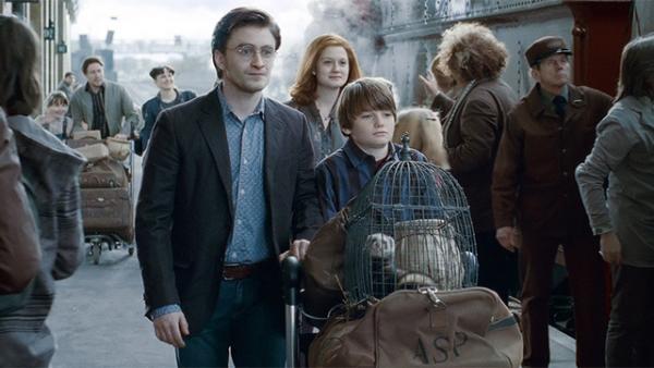 哈利波特第8集明年登場!哈利變繁忙上班族