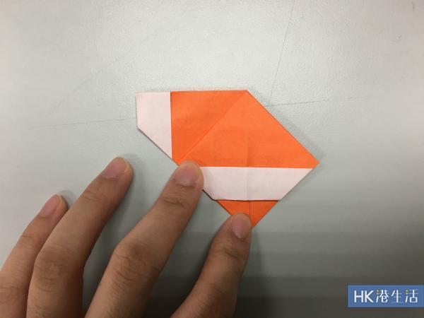 摺出一個正方形