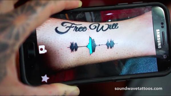 將聲音紋上身 用App掃紋身重現回憶聲音