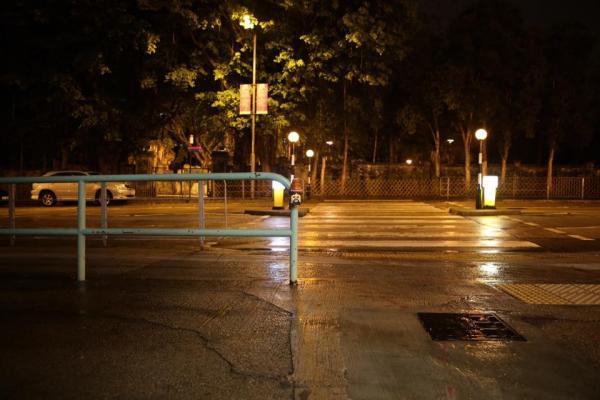 人仔工程燈30天快閃街頭!本地藝術家窩心創作