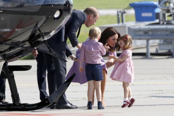 Charlotte公主到訪德國發脾氣 皇妃一招優雅哄掂小公主