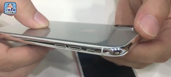 全屏幕、Home鍵消失 iPhone8實體模型機曝光!