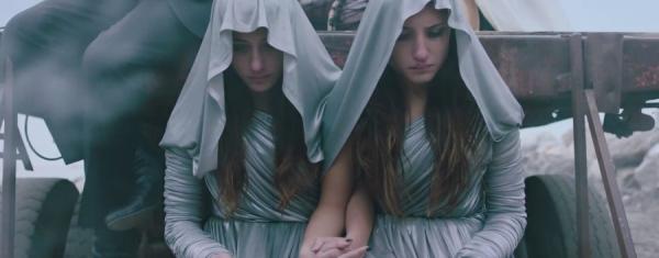 《離不開的妳》連體雙胞胎姊妹分離或繼續連合才是幸福?