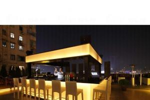 Hooray Bar & Restaurant