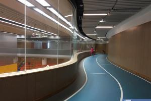 調景嶺體育館室內緩跑徑。