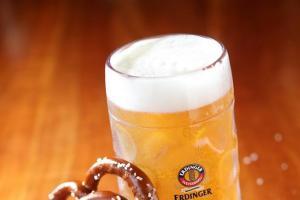每晚限量發售25套重量級啤酒餐(圖:FB@The Marco Polo German Bierfest)