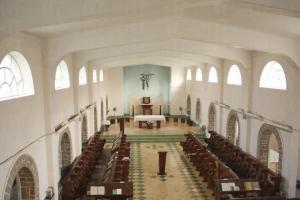 神樂院的聖堂,拱形窗戶除了美化建築外,亦助以引入室外光綫。