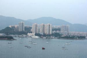 愉景灣小社區內,絕大部份居民都是外國人,故有身處異國之感。