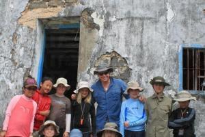 一群外籍小朋友跟著老師到來露營,難掩興奮之表情。(關璇攝)