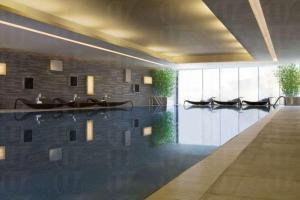 酒店的室內 27米恆溫泳池可免費使用,游過早泳再進早餐也不錯。