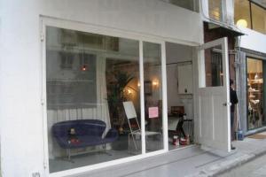 售賣懷舊傢俱的陳米記,歡迎參觀。