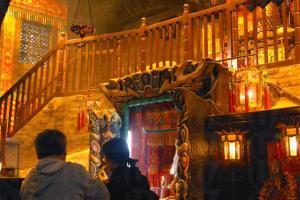 蓮花宮分為前後兩堂,後堂亦設有兩層。