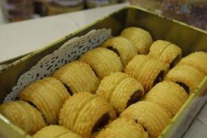 鳳梨餡甜度適中,並以牛油曲奇的酥皮保住菠蘿餡料,與台灣吃到的很不一樣。