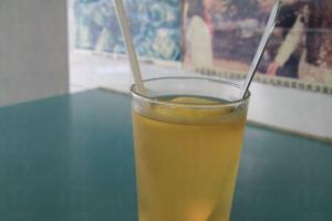 即叫即製新鮮檸蜜($10),清甜潤喉,味道甜入心。