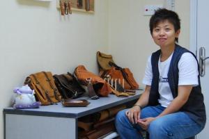 導師 Cysus 是皮革迷,平日也會為顧客度身訂造皮革小物。