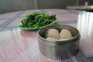 蝦餃皮薄餡靚,裡面的鮮蝦十分爽口;而西洋菜更是鮮嫩清甜,不能錯過。