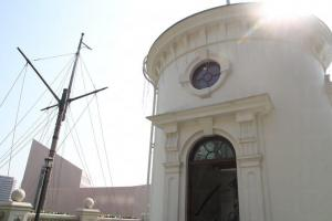 時間球塔於昔日擔當為船隻報時的角色。