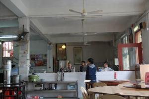 寺內齋菜皆由師姑和義工預備,很有住家 feel。