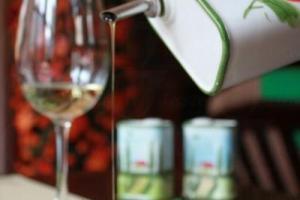 香煎龍脷柳淋上檸檬汁以及橄欖油,香口得來不會太膩。