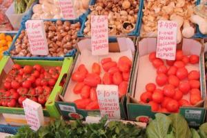 這裡售賣的進口蔬菜,品質絕不比高檔超市差。