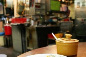菜肉雲吞是陳泗記的另一招牌菜。
