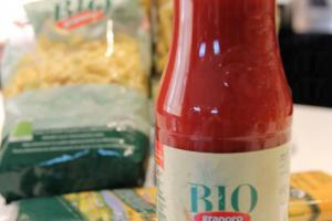 大大瓶 700g 的蕃茄醬,只售 $22。