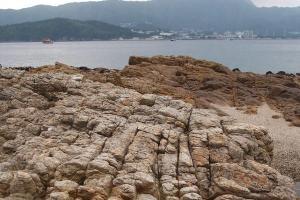 此款岩石是否十足菠蘿包上的脆皮呢?(Shecky 攝)