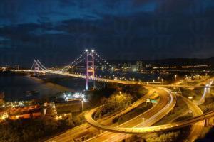 青碼大橋的夜景(圖片:新之棧)